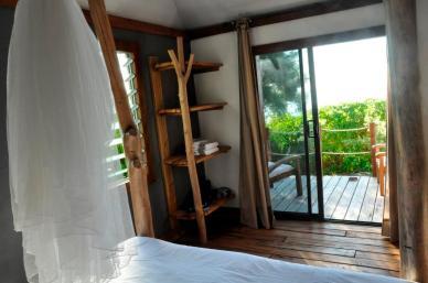 Bungalow int+®rieur chambre et terrasse