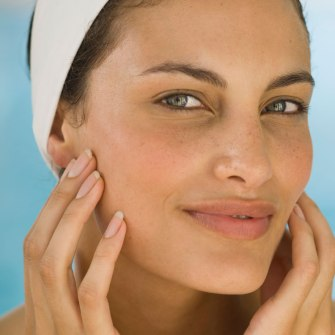 Prendre soin de son visage avec des produits naturels