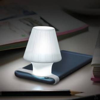 Travelamp, une mini lampe adaptée à votre smartphone