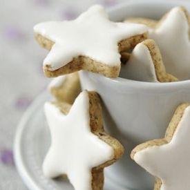 Biscuits de Noël en forme d'étoiles