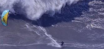 Du kite à Nazaré avec Nuno Figueiredo