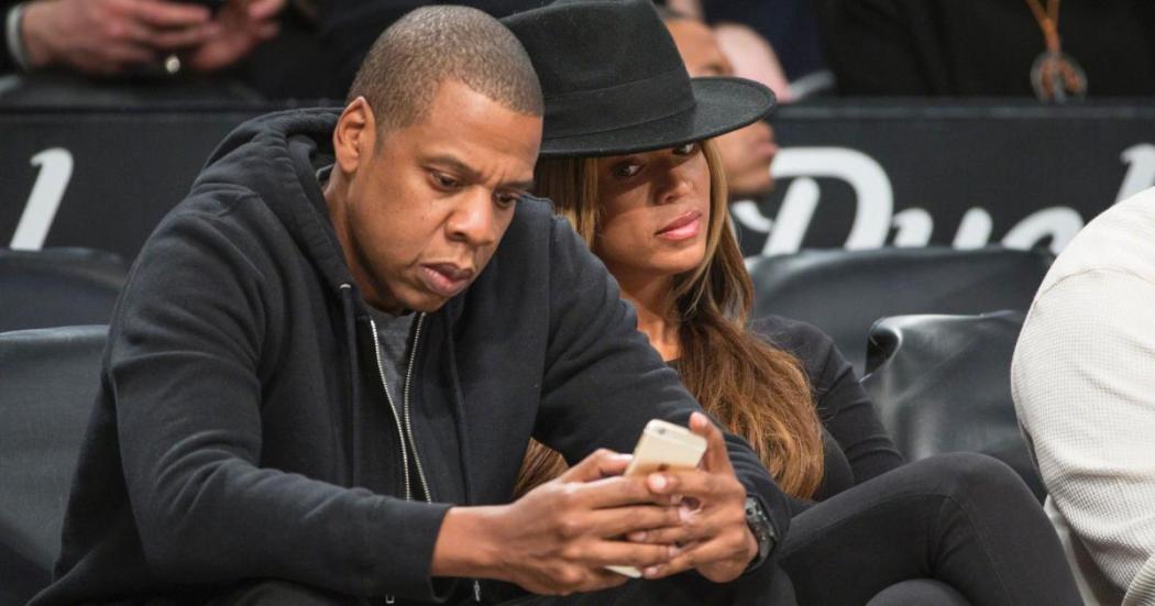 Faut-il fouiller dans son téléphone 01