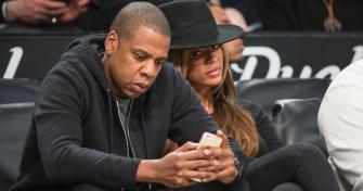Faut-il fouiller dans son téléphone ?
