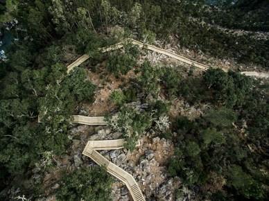 excurtion-Portugal-passerelle-en-bois5