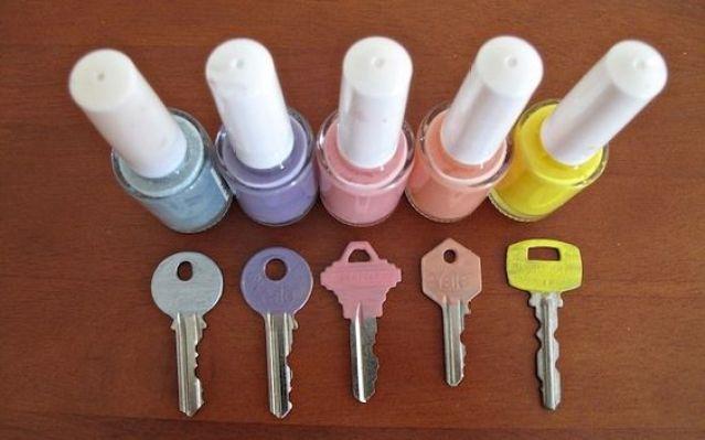 diy-customiser-vos-cles-avec-du-vernis-a-ongles-01