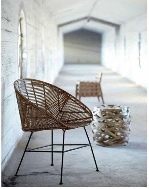 le-fauteuil-rotin-enfant-bien-amenager-le-salon-luxueux-chaise-en-rotin-design-chaise