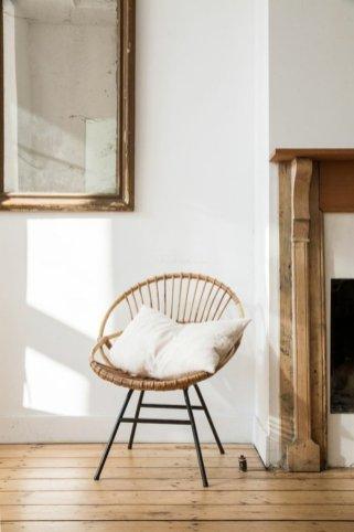 le-vintage-idees-pour-le-salon-fauteuils-en-rotin-design-interieur-joli-inspiration