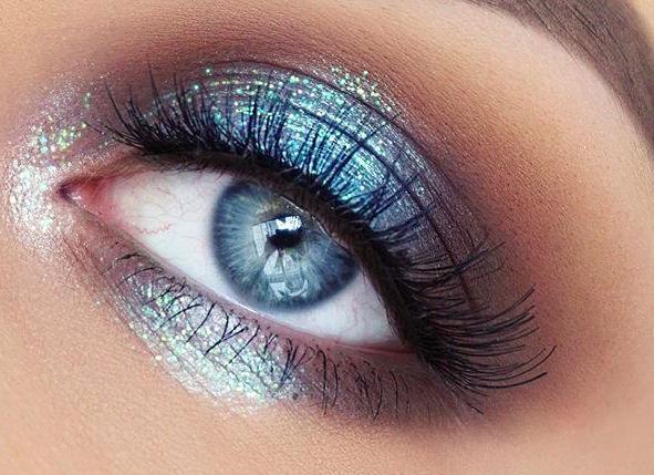 osez-le-bleu-sur-vos-yeux-14