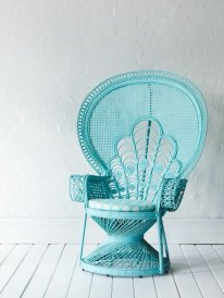 voir-les-meilleures-idees-design-chaises-en-rotin-chaise-osier-canape-roti-bleu-claire-vintage