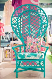 voir-les-meilleures-idees-design-chaises-en-rotin-chaise-osier-canape-rotin-bleu-fleurie