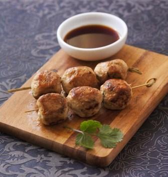 Les boulettes de poulet yakitori