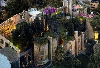 Ricardo Bofill transforme une ancienne cimenterie en palace