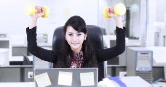 Le sport au bureau : 4 exercices à faire en toute discrétion
