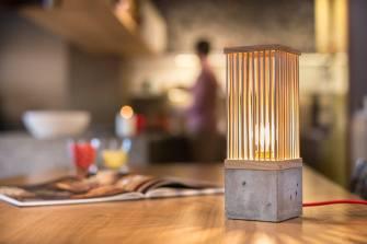 TWIG, la lampe en bois et en béton