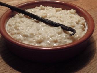 Le riz au lait parfumé à la vanille