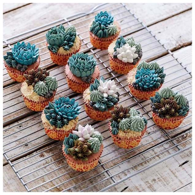 Iven-Kawi-terrarium-flower-cakes-1
