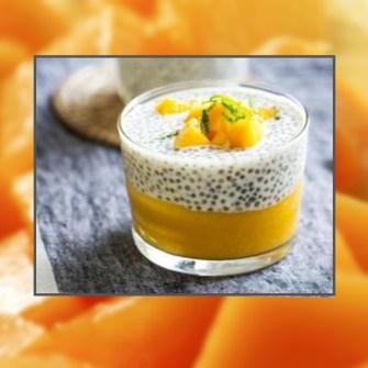 Léger pudding de chia au lait de coco, citron et mangue