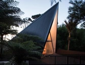 La maison dans les arbres sur l'île de Waiheke, en Nouvelle-Zélande
