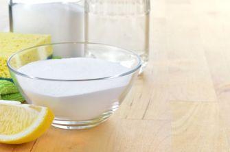 Bicarbonate de soude: 5 astuces beauté incontournables