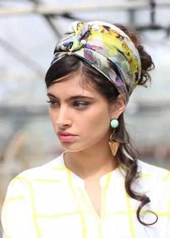 Les foulards colorés originaux qui donnent du pep's