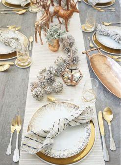 Une table raffinée au décor rustique chic pour Noël 24