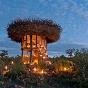 Passer une nuit dans cette incroyable villa nid d'oiseau au coeur du Kenya