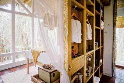 Dreamy Tropical Tree House 15