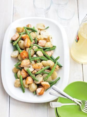 Salade de pommes de terre et de saumon