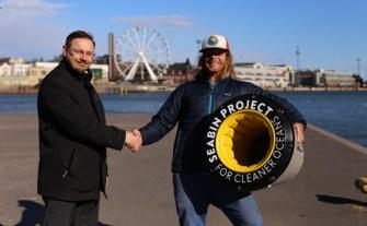 """Seabins, la """"poubelle des mers"""" est une révolution pour la protection des océans"""