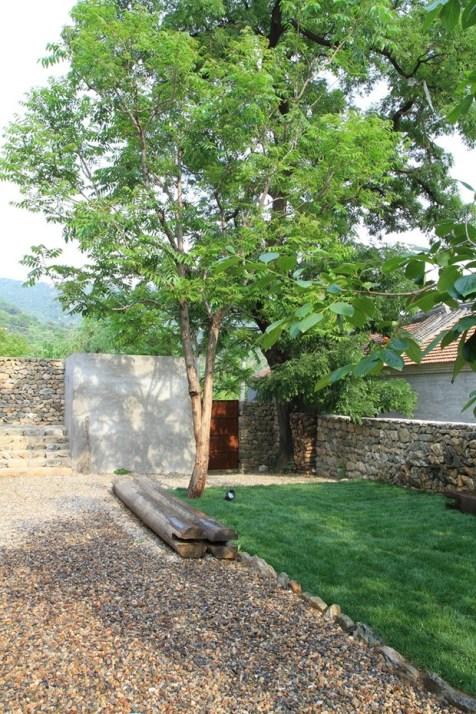 Studio-Cottage-15-tt-width-620-height-930-lazyload-0-crop-1-bgcolor-000000-except_gif-1