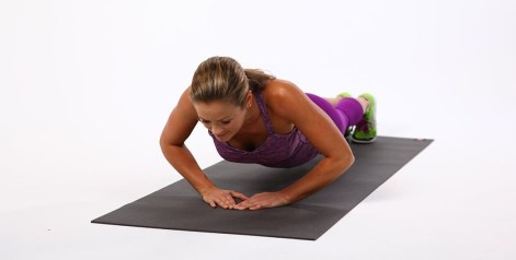bfcc22bdbb244b2a_Upper-Body-Diamond-Push-Ups