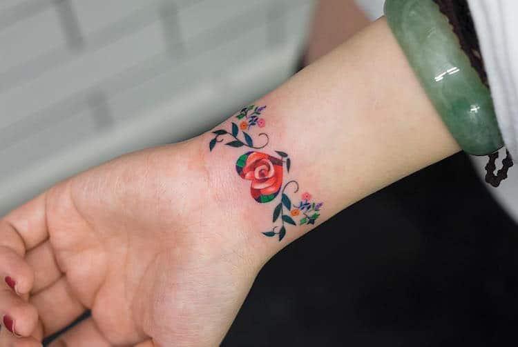 zihee-tattoo-delicate-tattoos-3