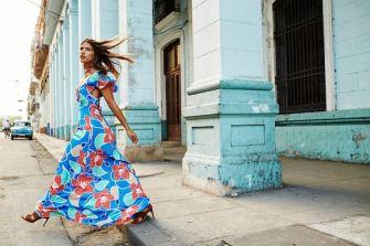 Mode : Belle en robe longue