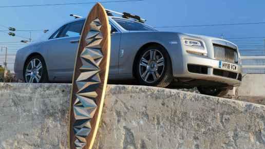 Surf - Rolls Royce créé une voiture spécialement pour les surfeurs 03