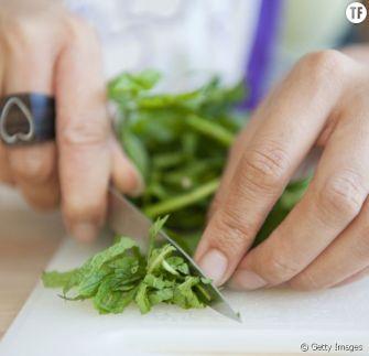 Pourquoi devriez-vous manger plus d'herbes fraîches ?