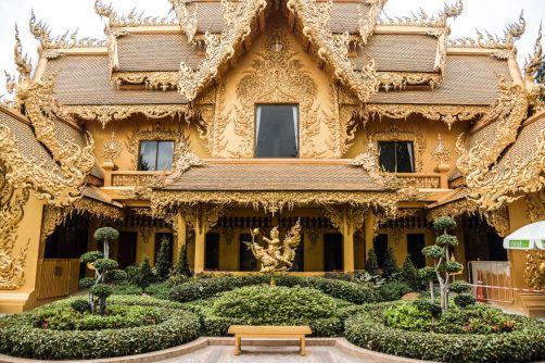 Le temple blanc de Thaïlande 02