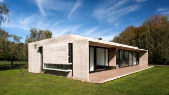 Rodriguez-House-12-tt-width-620-height-349-lazyload-0-crop-1-bgcolor-000000-except_gif-1