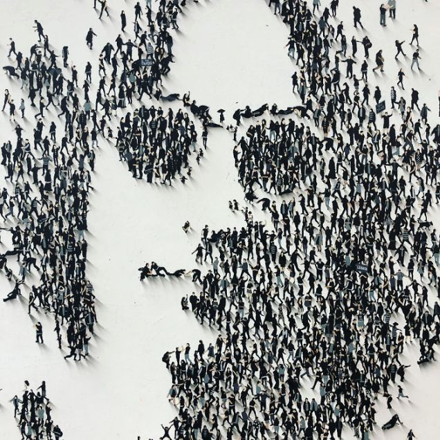 LENNON -Artist-manages-to-confuse-his-mind-with-impressive-paintings-5be2b89b13702__700 (9)