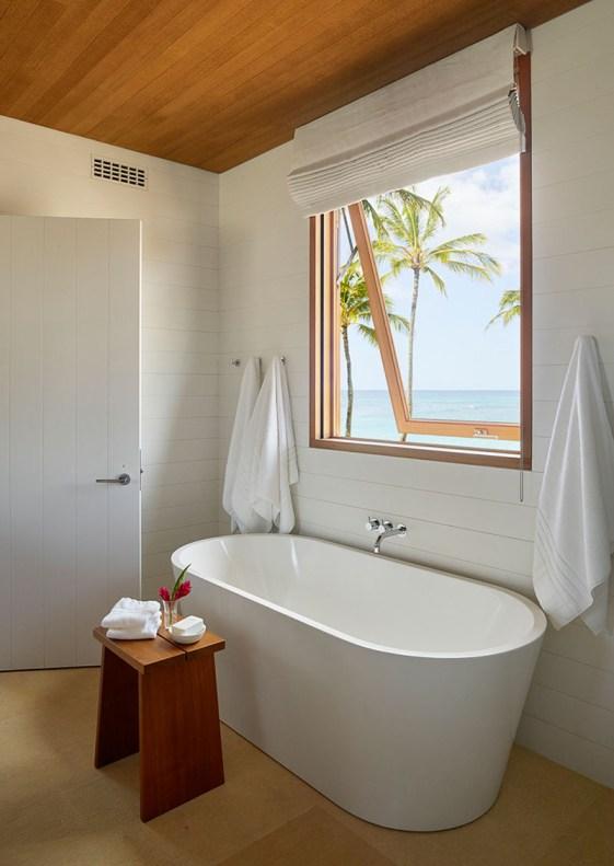 modern-bathroom-standalone-tub-window-070118-1108-14