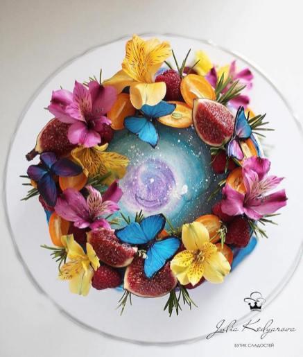 yulia-kedyarova-gateaux-galaxies-fleurs-12