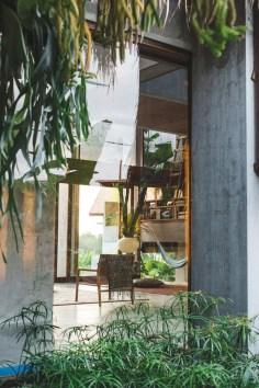 Brutalist Tropical House à Bali (4)