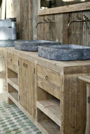Salle de bain en béton et en bois (10)