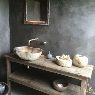 Salle de bain en béton et en bois (12)