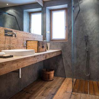 Salle de bain en béton et en bois (17)