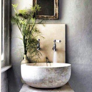 Salle de bain en béton et en bois (4)