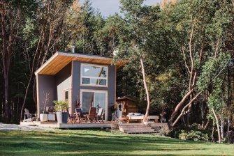 Une petite maison de 30 m2 à installer au bout du jardin