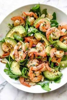 Salade aux crevettes et à l'avocat
