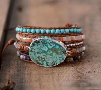 Un bracelet en pierre naturelle pour se sentir bien et belle