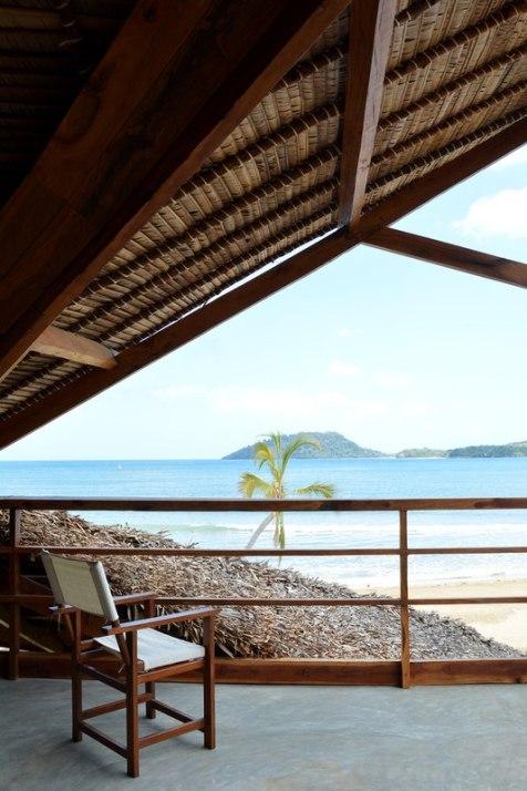 balcon-vue-panoramique-sur-mer-madagascar-par-SCEG-Nosy-Be-Madagascar