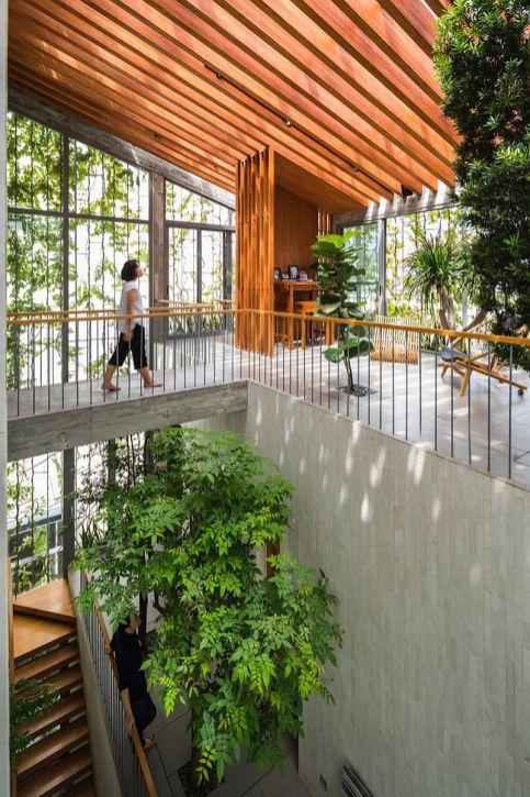 Les-Architectes-de-VTN-ont-conçu-une-Maison-vietnamienne-avec-un-Espace-vert-à-lIntérieur-04